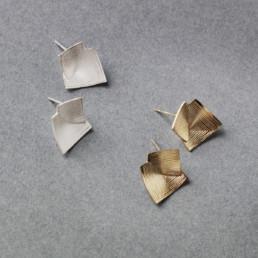 'Lines in Motion' Silver Stud Earrings