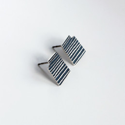 'Lines in Motion' Black Stud Earrings