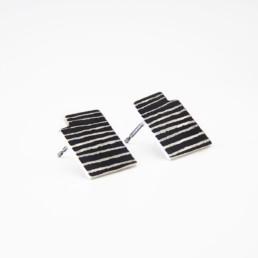 'Lines in Motion' Black Stud Earrings