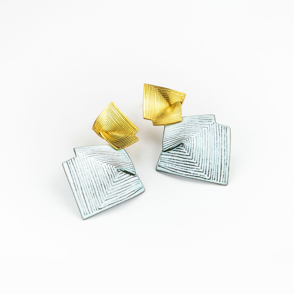 'Lines in Motion' White and Gold Drop Earrings, Large