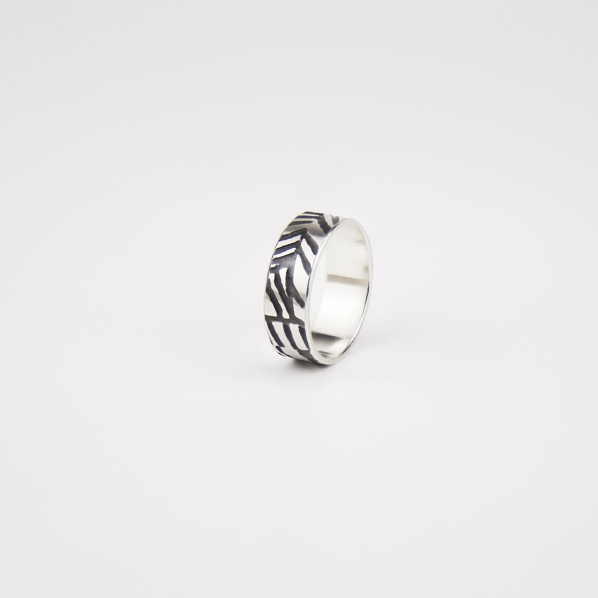 'Weave' Silver and Black Ring
