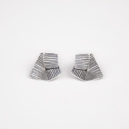 'Lines in Motion' Silver and Black Earrings