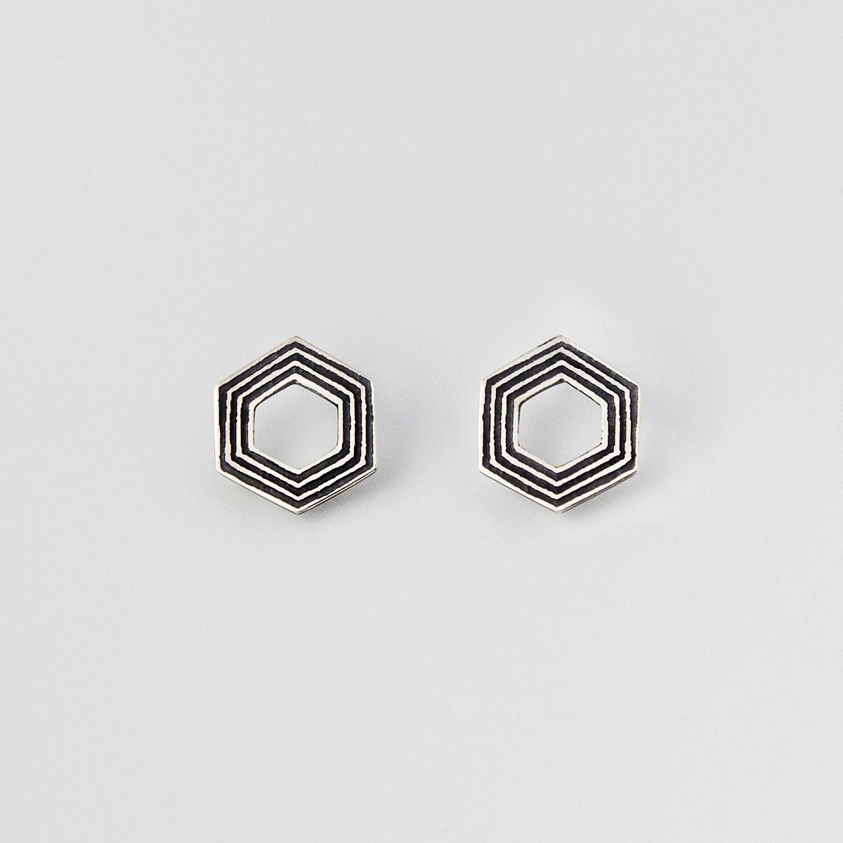 'Lines in Motion' Black Hexagonal Stud Earrings