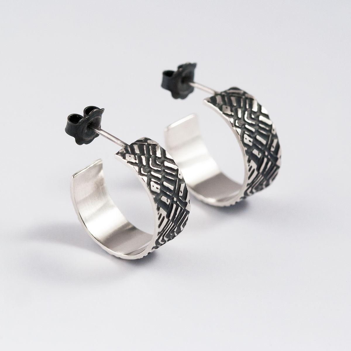 'Weave' Silver and Black Hoop Earrings